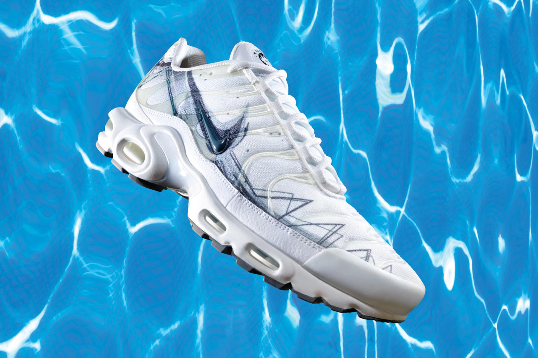 new product 9a037 20acd La Requin translates from French to English as Air Max Plus (and shark).  Nike is playing on the nickname to craft a couple of Air Max Plus colorways  for ...