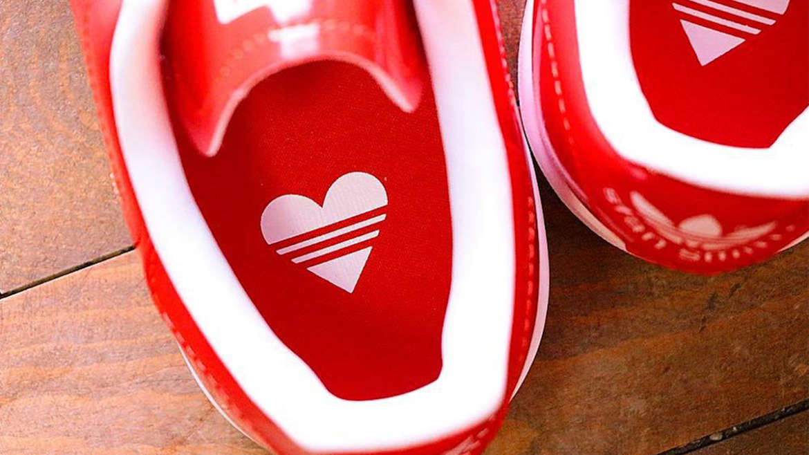 separation shoes d5274 e30ca Just recently we spotted a Valentines Day remixed edition of the Stan  Smith. Distinct from the standard classic tennis shoe, the sneaker features  a ...