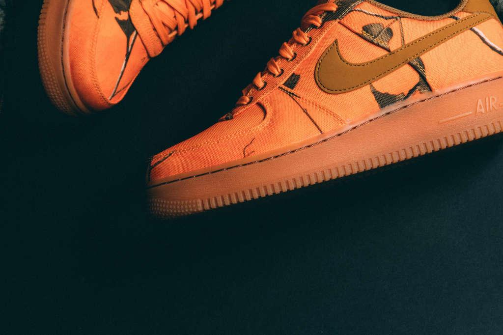 78066efc0aa Nike Air Force 1 Low REALTREE Camo   Orange Blaze - EUKICKS