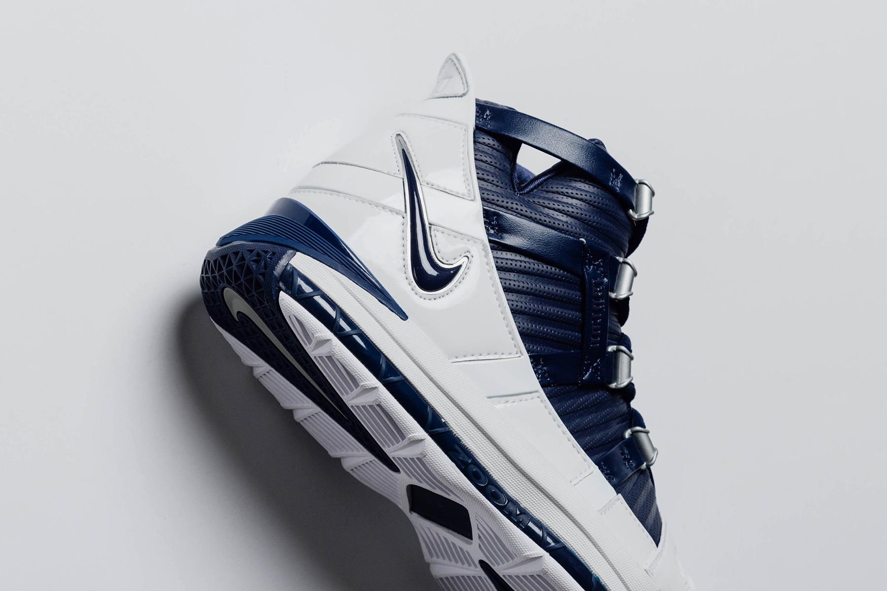 b0498d2ebe73 Nike Zoom LeBron 3