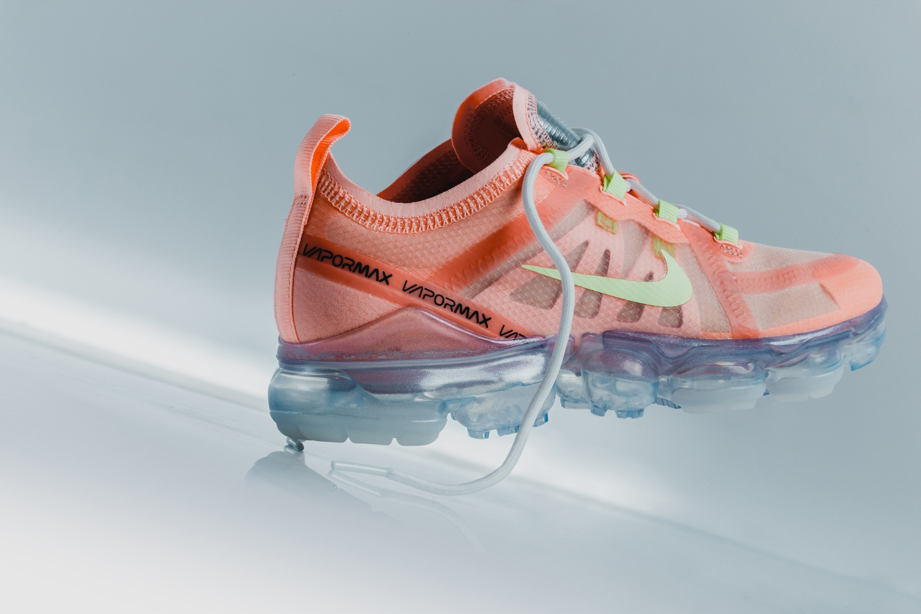 e51898d22933 The 2019 edition of the Nike Air VaporMax 2019 has a warm mellow feel for  its latest release. Produced in women sizes