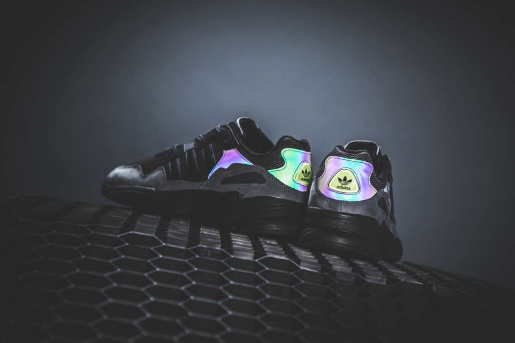 100% authentic 24961 b6ed1 This Night Vision version features a high-visibility colour-shifting upper,  and Night Vision Morse code graphics printed on the sockliner. A reflective  ...