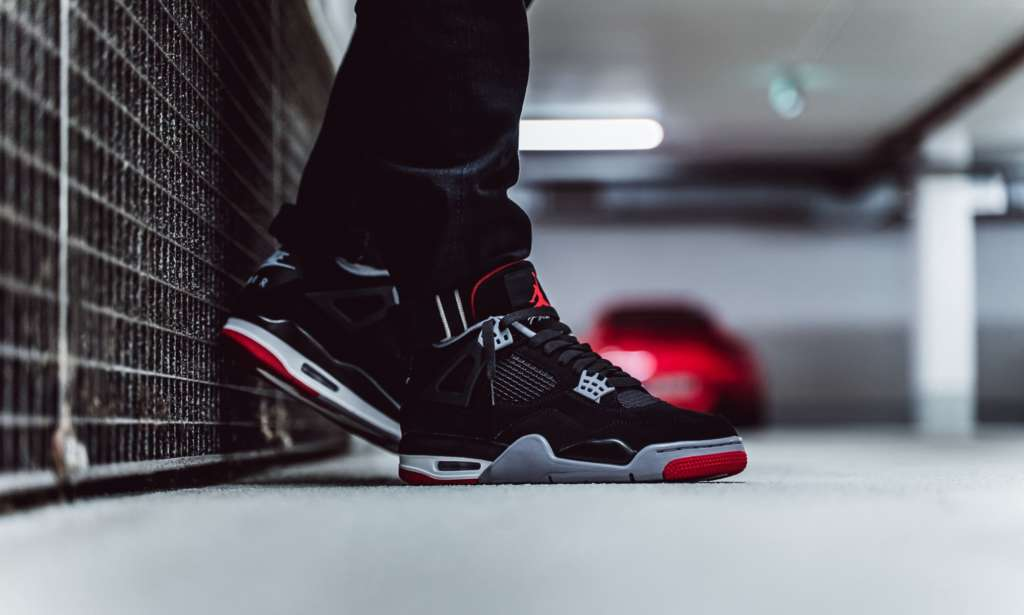 a6ecae00e01 Air Jordan 4 BRED / Releasing - EUKICKS