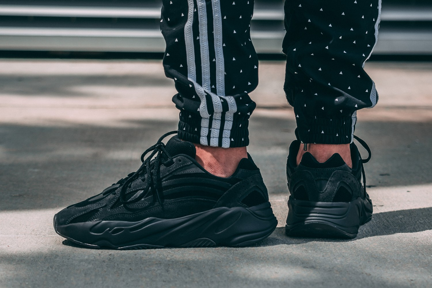 dff7a7663420d On-Foot  adidas YEEZY BOOST 700 V2