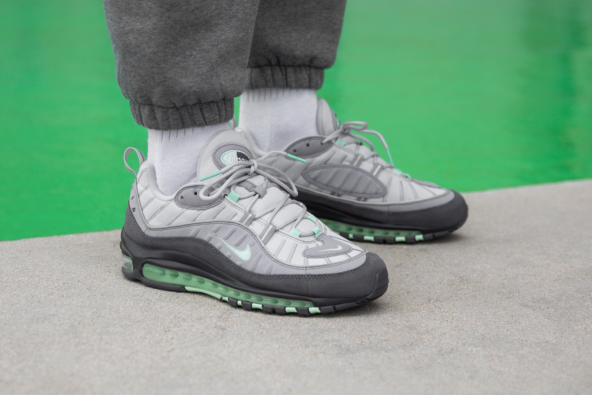 Como Decaer Acostumbrarse a  Buy > air max 98 on feet - OFF 78% > Free delivery