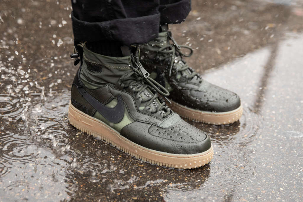 Nike Air Force 1 Winter Gore Tex in Sequoia Green EUKICKS